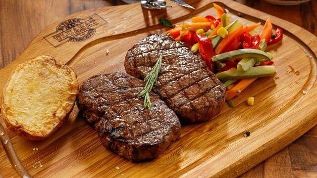 【バカうま】通販でお取り寄せできる美味しいアメリカンステーキ肉5選【本場の味を堪能!】