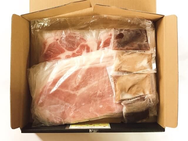 【実食レポ】鹿児島黒豚はコレで決まり!はちまるはちの『鹿児島黒豚しゃぶしゃぶ 肩ロース400g+モモ400g』をお取り寄せしてみた