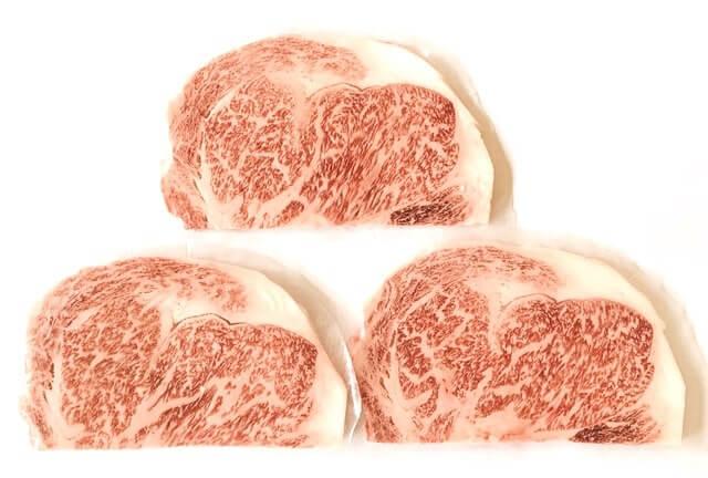 肉のひぐちの『飛騨牛サーロインステーキ 165g×3枚』